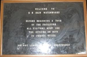 Entrance sign_1_1